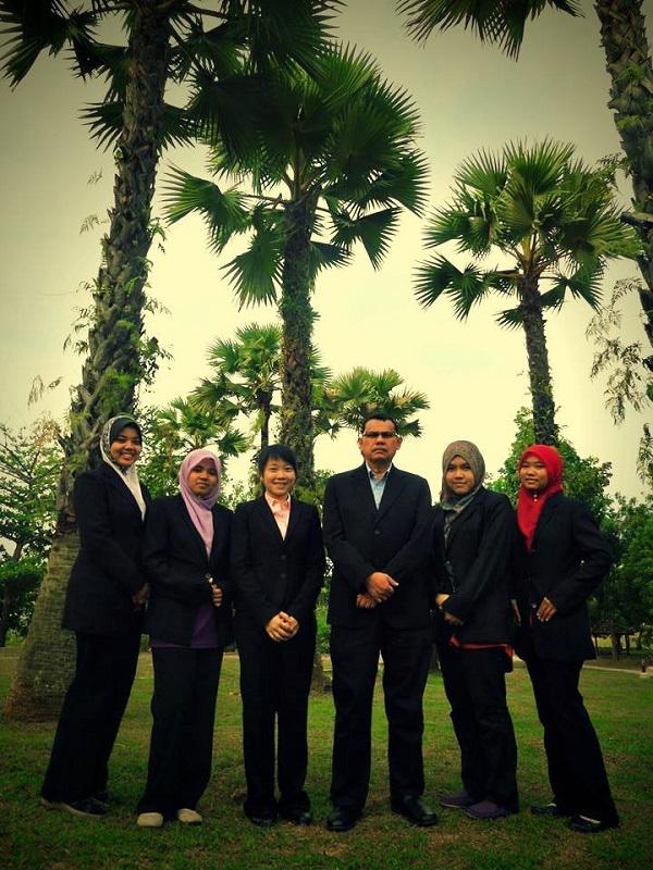 Team E-Z from Universiti Teknologi Malaysia